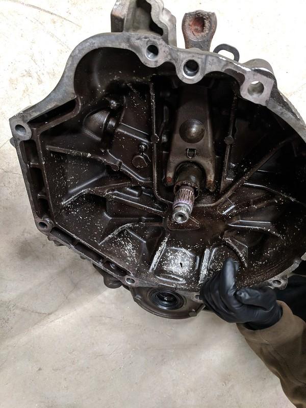 6MT - Transmission seems stuck in gear | Acura TSX Forum